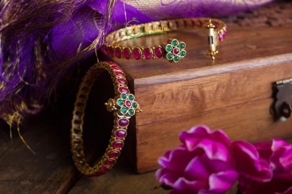 Red-Green Bangles