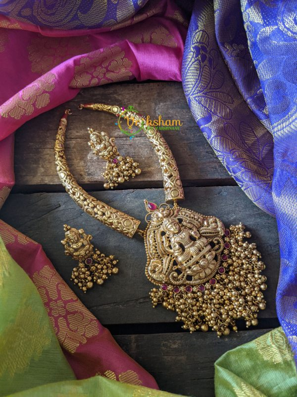 Lakshmi Golden Pearls Bend Pipe set